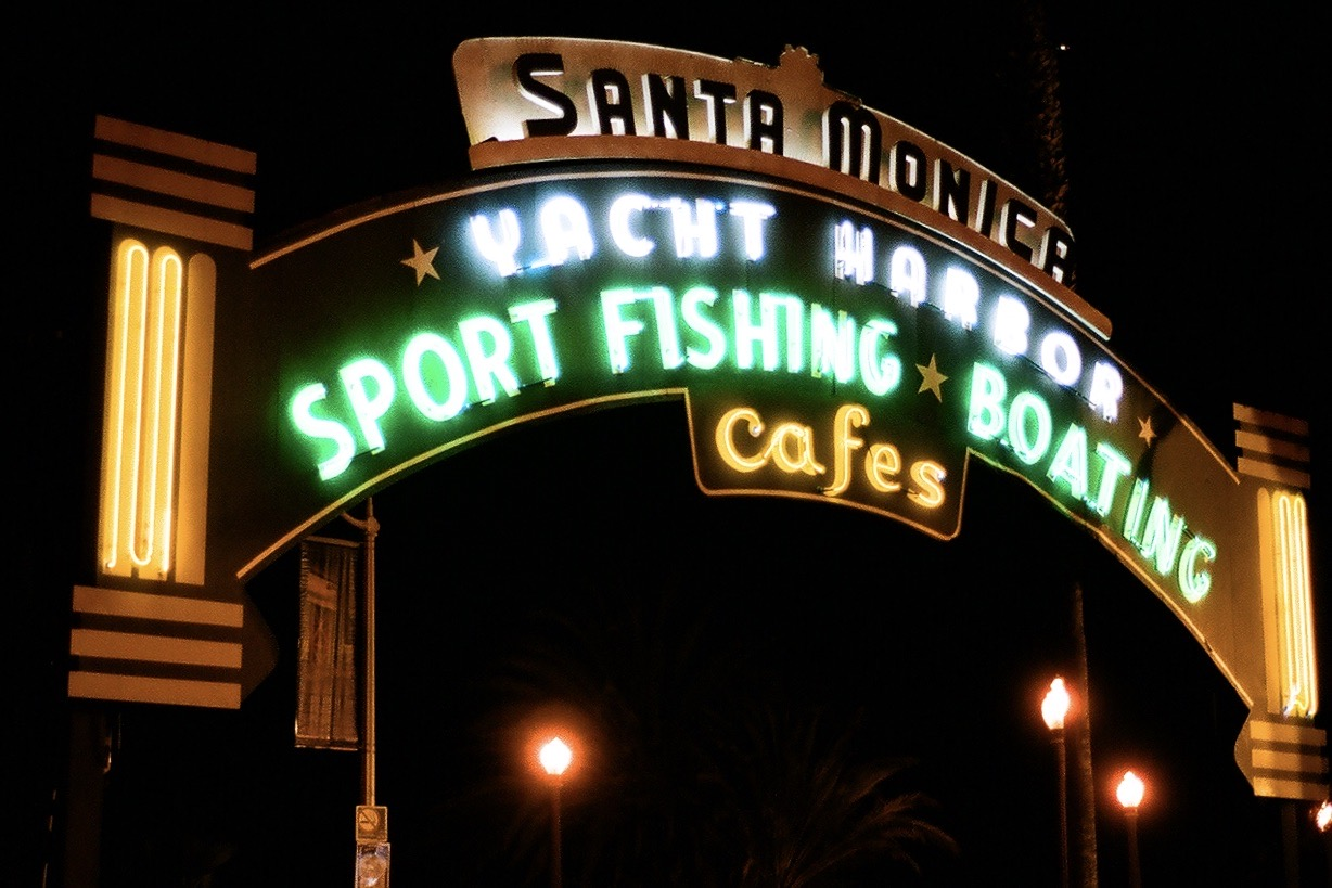 Santa Monica Yacht Harbor: Sport Fishing, Boating, Cafes