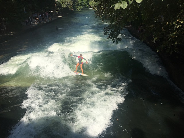 making waves on the Eisbach